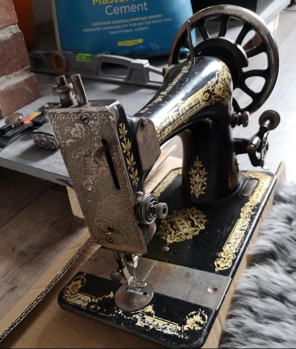 singer-sewing-machine-1910-62681.png
