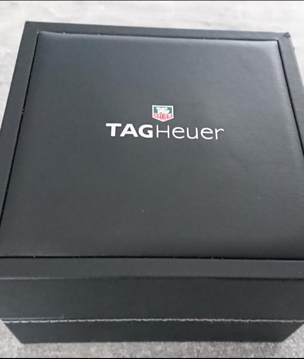 vintage-tag-heuer-aquaracer-64967.png