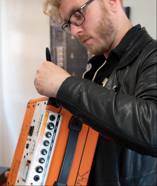 signed-orange-crush-12-amp-95012.png